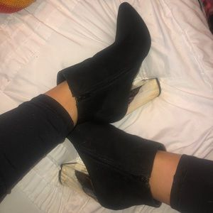 Shoes - Black heeled boots with silver heel